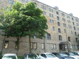 5F4, 125 Bell St, Collegelands, Glasgow, G4 0TE